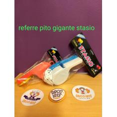 Referee Pito Gigante Stasio. C/cordon.                                                Argentina